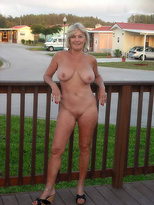 open-air mature nudes porn pic download