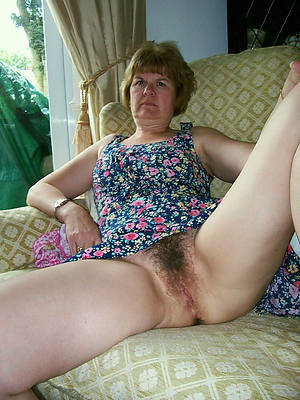 beautiful mature bush porn pics