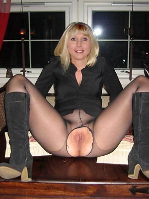 mature moms in pantyhose dirty sexual connection pics
