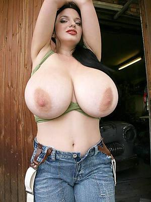 reality mature big tits pic