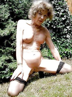 free xxx old mature upper classes nude pics