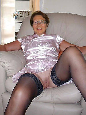 naked downright body venerable lady pics