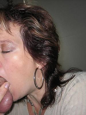 mature women giving blowjobs fluid porn
