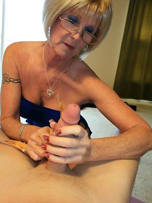 mature amateur handjobs with nice tits