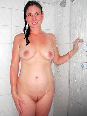 down in the mouth mature in the shower porn pic download
