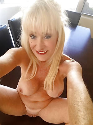 hotties erotic mature self shots pics