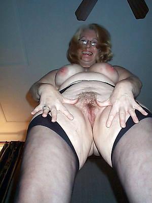 pornstar amateur mature granny pussy pics