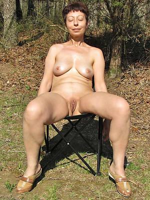 mature elderly women nude posing