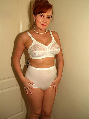 erotic mature amateur underclothing
