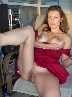 horny mature milf porn stripped