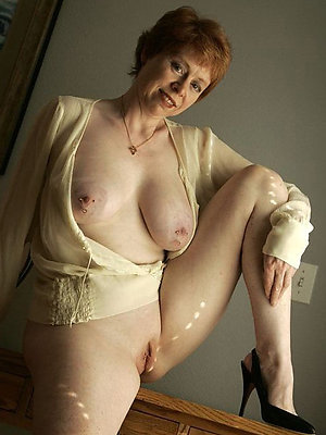 beautiful mature mom pics