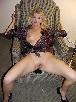 wonderful mature mom xxx