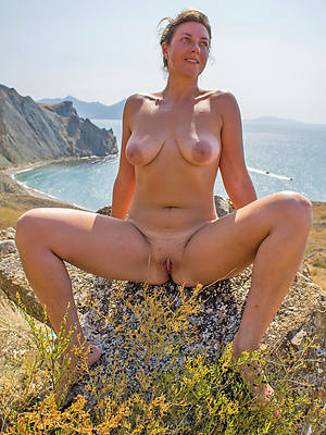 free mature open-air porn pic download