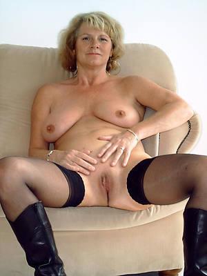 sexy mature whores nude pics