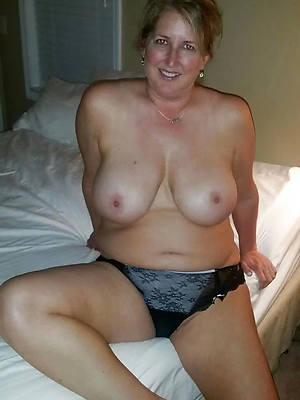mature mom bloomers eroticax