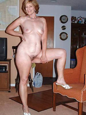 hot grown-up girlfriend stripped