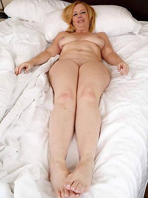 mature legs mom porn