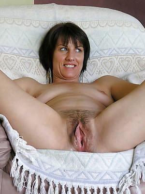 free xxx solo mature nude photos