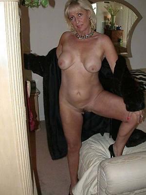 mature xxx women stripped