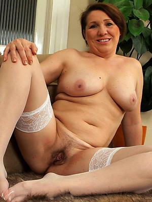 classic matured women naked porn pics