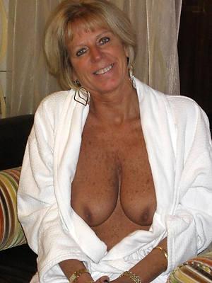 actuality hot mature women pics