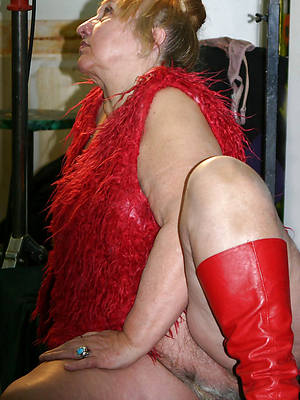 porn pics of venerable mature naked women