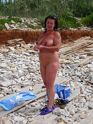 grown-up beach babes perfect body