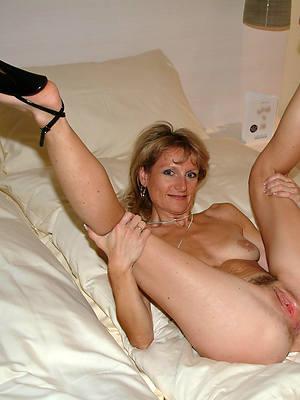 Bohemian xxx mature women in high heels photos