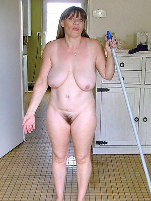 literal mature housewives mobile porn pictures