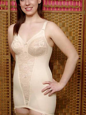 hot matures in underwear despondent pictures