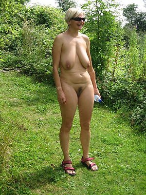 hotties unadorned photos of mature women