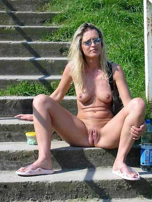 hotties adult scant outdoors gallery