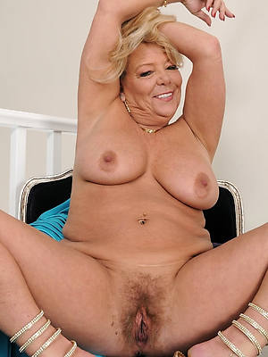 most important chubby mature pussy nude pics