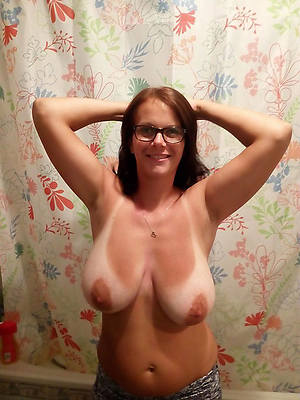 large of age tits added to beuty pussy