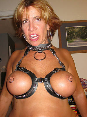 large mature tits pictures