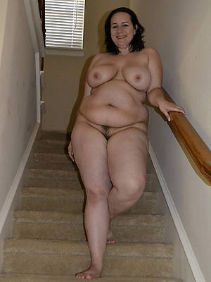 mature thick women having sex