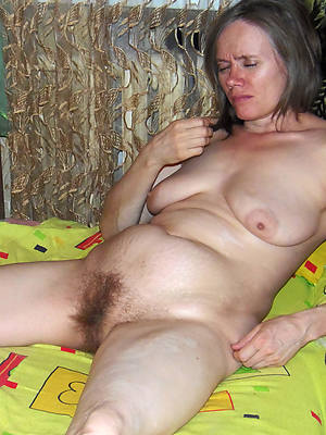 number one mature hairy pussy pictures