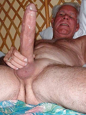 sweet mature women nude pics