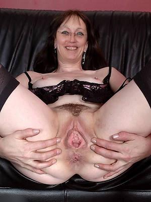 mature vulvas hot porn pictures