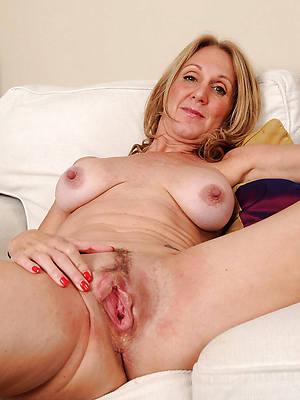 free porn pics of mature vulvas