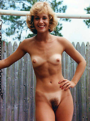 hotties retro mature n ude pics