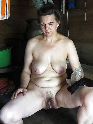 unshaved mature free porno pic