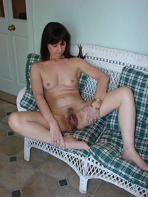 hotties unshaved mature women nude dusting