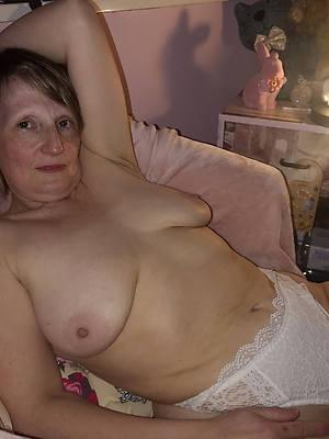 sweet nude horny granny porn pics