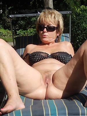 hot mature wife having sex