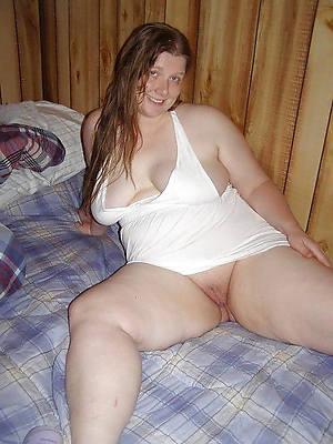 dispirited mature fat column beuty pussy