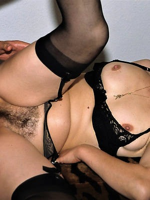 mature women having sex pictures