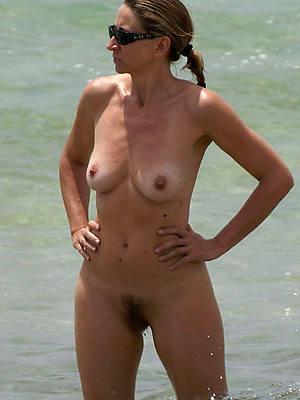 mature women at one's disposal beach amateur tits