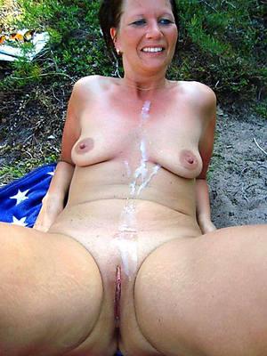 of age mom cumshot having sex