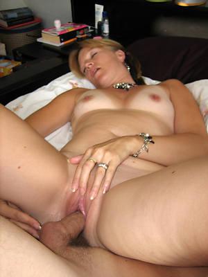 hot fuck a mature woman